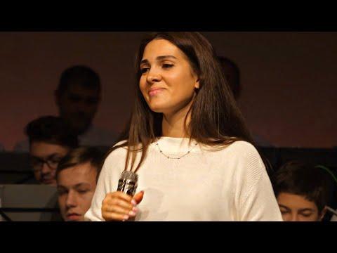 Смотреть клип Дарина Кочанжи - Бог - Дорога Моя