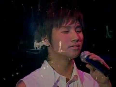 Try Smiling (Dae Sung's solo) - Big Bang Great Concert 2007