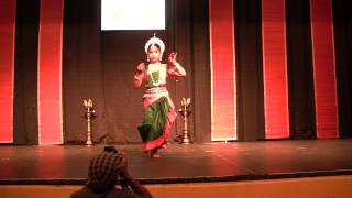 Nisha Kulkarni performs Vakratunda Mahakaya