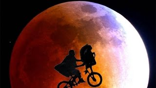 ET The Extra Terrestrial Synced to Pink Floyd's Dark Side of the Moon