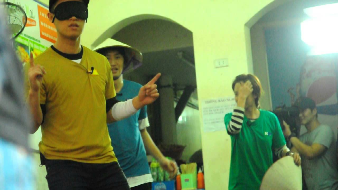 Running Man play game in VietNam