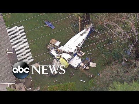 5 killed when small plane crashes into California home Mp3