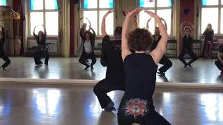 Classes of Azad Kaan, classical ballet basics for Bellydancers