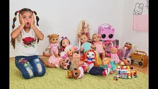 Іграшки втекли від Домініки