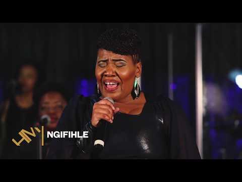 Hlengiwe Masondo - Ngifihle Phansi kweGazi (Live)