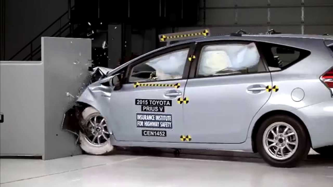 iihs 2015 toyota prius v small overlap crash test. Black Bedroom Furniture Sets. Home Design Ideas