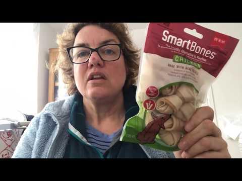 don't-give-your-dog-smartbones-rawhide-alternative-dog-chews