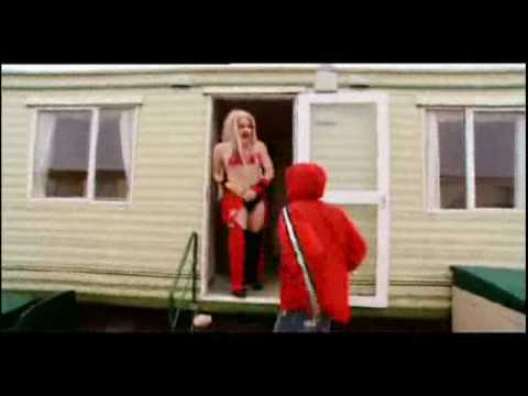 Bo' Selecta! - Christina Aguilera's Crib