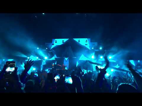 Armin Van Buuren - This is What it Feels Like - Live at The Pyramids Cairo Egypt FSOE500