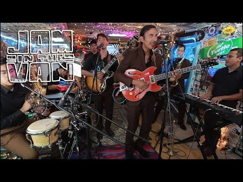 "THE DELIRIANS - ""Give A Little Bit"" (Live at JITVHQ in Los Angeles, CA 2018) #JAMINTHEVAN"