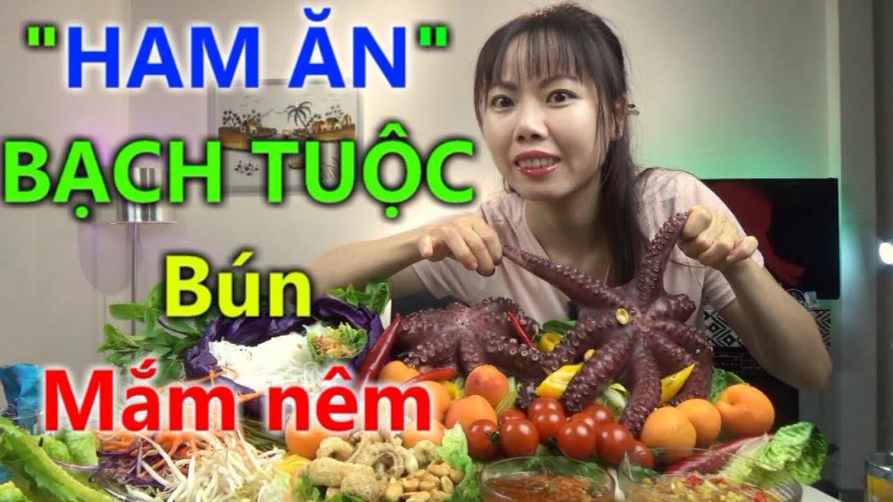 Ăn Bạch Tuộc với bún mắm nêm chua cay ngon ngây ngất cùng Sarah Nguyen | Cuộc Sống Hà Lan
