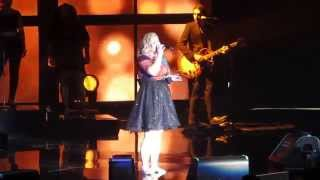 "Kelly Clarkson - ""Dark Side"" Live at Verizon Arena 2015"