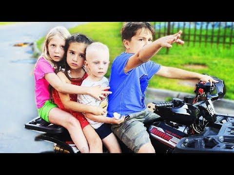 ЕДЕМ в ГОСТИ К КИКИДО! Что СЛУЧИЛОСЬ С ПАЛЬЦЕМ ДАНИ?! Почему нас ВЫГОНЯЮТ дети РАССТРОЕНЫ!