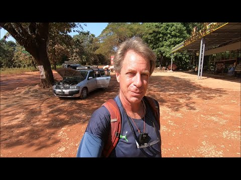 Crossing the Border into Thailand - Share Taxi from Mawlamyine to Myawaddy/Mae Sot