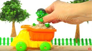 KIDS PLAYING WITH SAND ❤ SUPERHERO PLAY DOH CARTOONS FOR KIDS