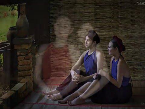 Áo Yếm Việt Nam - Ao Dai Vietnamese Traditional Dress Ao Yem - Áo dài Việt Nam