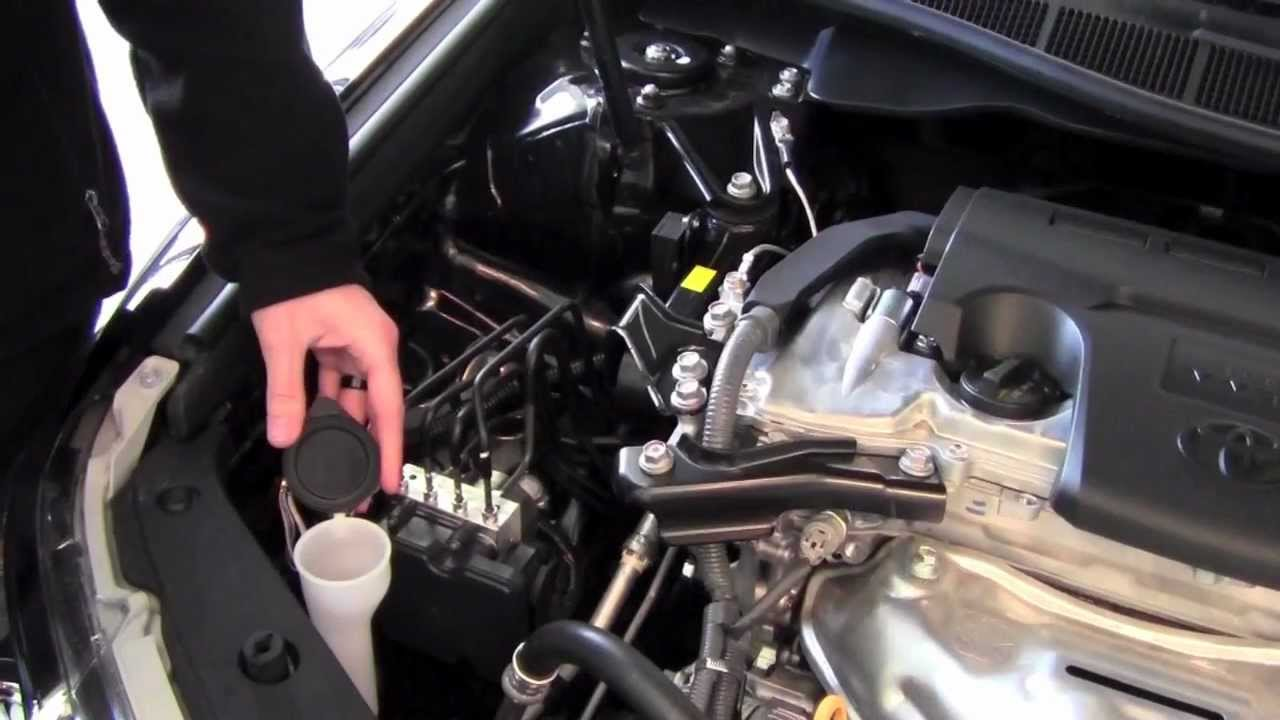 2012 | Toyota | Camry | Engine Compartment | How To by