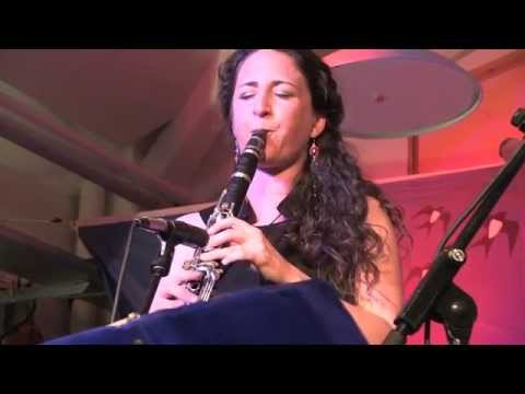 Isle Of Capri / Cynthia Sayer's Women Of The World Jazz Band
