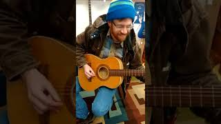 Axel Quinlan on Harmony Archtop Classical