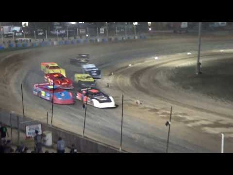 Late Model Heat Race #4 at Crystal Motor Speedway, Michigan, on 09-16-2017!