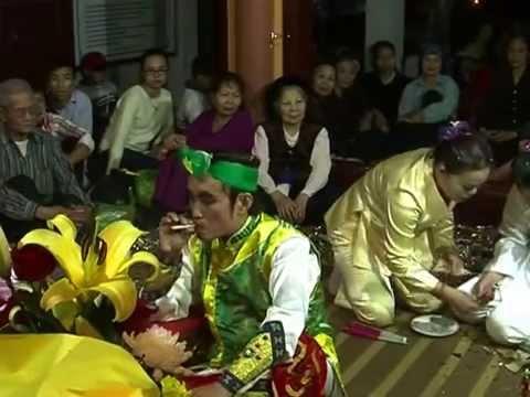 pháp sư - đồng thầy TẠ HỮU NGHI hầu giá cậu bé(29/3/2014)