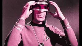Alaska y Los Pegamoides - Doctor Spock