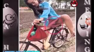 Download Video Vidio lucu bikin ketawa orang lagi berak di dorong MP3 3GP MP4