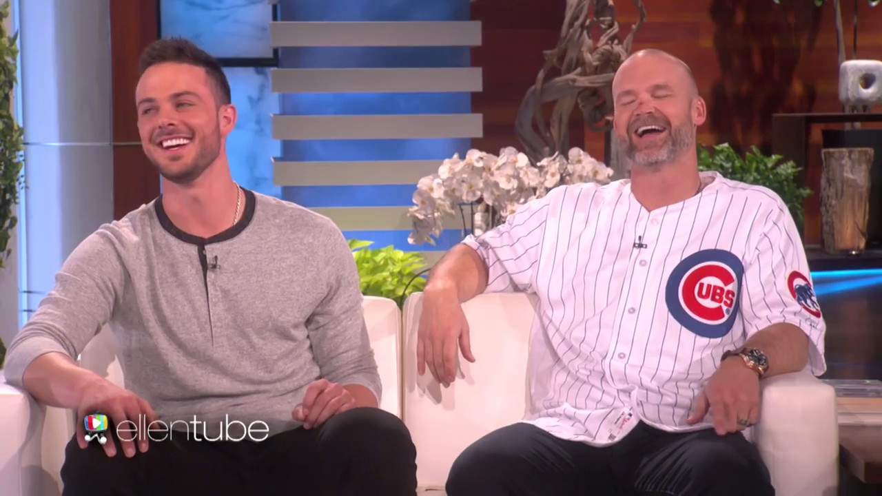 David Ross signs 3-year contract with Chicago Cubs