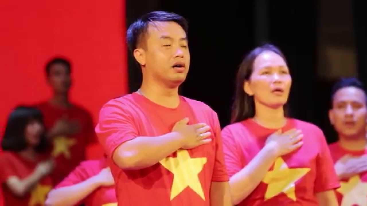 Hát Quốc ca Viet Nam – Nhà Văn hóa học sinh – sinh viên Hà Nội