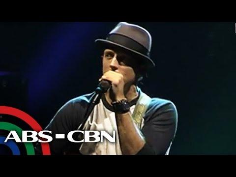 Jason Mraz serenades Pinoy fans at Big Dome