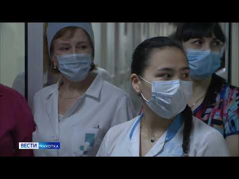 Волонтеры «Единой России» раздали медицинские маски