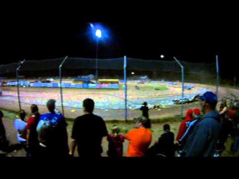 Big Finish Of the Trailer Races At Proctor Speedway