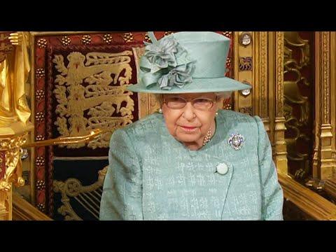 Queen Elizabeth Announces