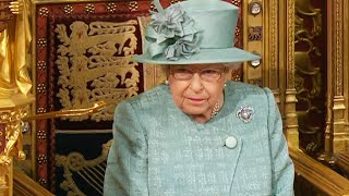 Download lagu Queen Elizabeth Announces She's 'Entirely Supportive' of Prince Harry and Meghan Markle