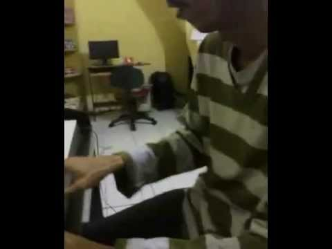 Setangah hati (ada band) by hadiwinarto