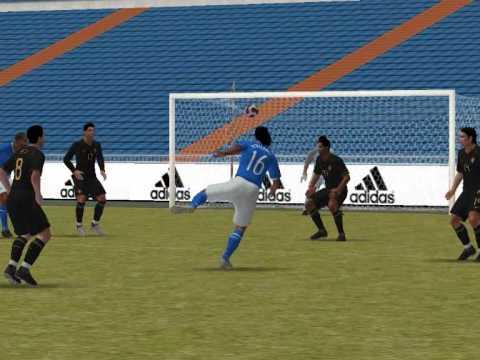 Pro Evolution Soccer 2008: First Date