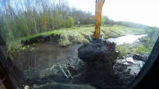 Разрушаем 2 бобровые плотины