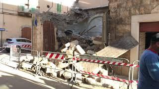 Crollo in via Trieste, le macerie del vecchio edificio