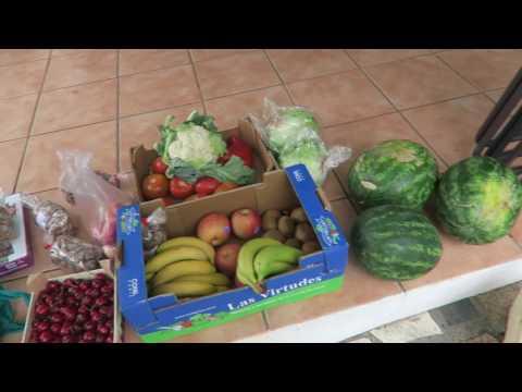 Fruit shopping in Velez Malaga - Price of fruit in Spain
