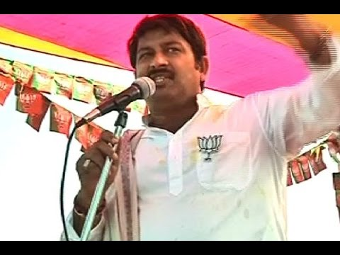 Bihar Elections: BJP MP Manoj Tiwari sings victory song wherever he goes while campaigning