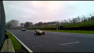 Fastest XR3 Racing at Brands Hatch Built by OKC Performance ford mag 22 nov 2010