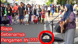 Cover images Gara Gara Lagu India Pengamen Cantik Ini Banyak Disawer - Live Music CarFreeDay - Akustic