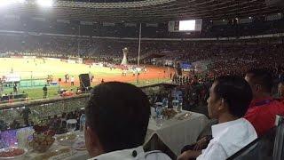 Jokowi Disoraki Penonton Saat Tonton Final Piala Jenderal Sudirman - VIDEO BERITA TERKINI