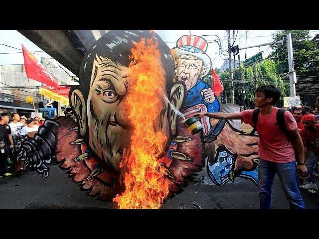 'Dictator, fascist': anti-Duterte rally in Manila