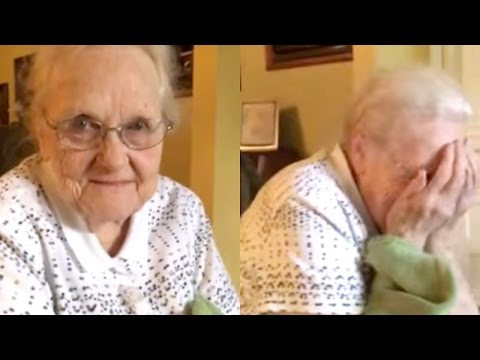 Willie Nelson Records 92-Year-Old Woman's Song   What's Trending Now