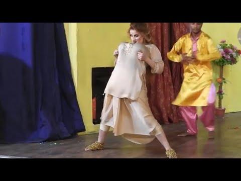 Download Afreen khan hot mujra dance    stage drama Lahore   2021