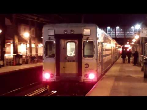 MTA Long Island Railroad: M7/EMD DM30AC Diesel/C3 Trains@Mineola LIRR Station