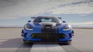 Driving Flat Out In A Dodge Viper! Trailer | Top Gear