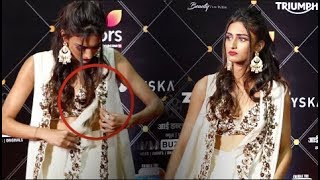 Erica Fernandes OOPS MOMENT At The Style Awards 2019 | Kasautii Zindagii Kay