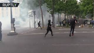 Paris police tear gases Yellow Vests during 31st consecutive week of protests